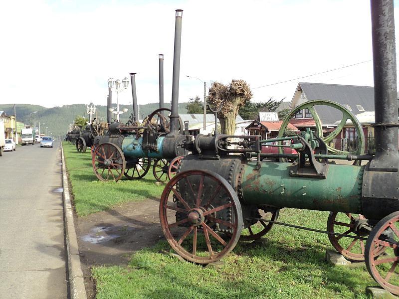 Locomotoras en exhibición en Carahue para conocer los trenes de Chile.