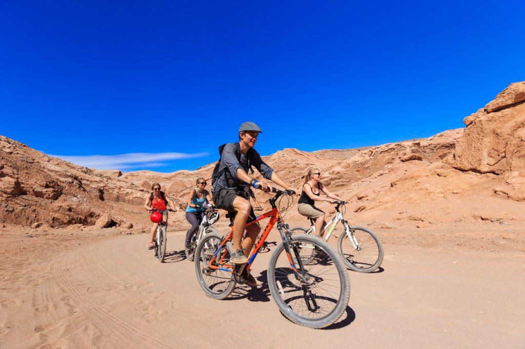 Cicloturismo en el norte para celebrar el Día Internacional de la Bicicleta