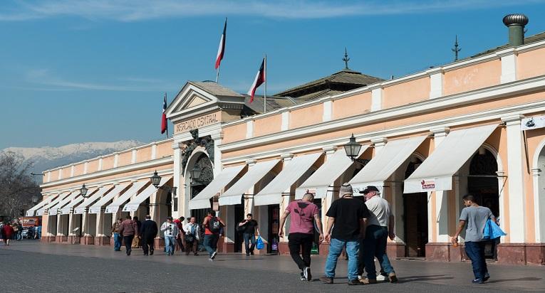 El Mercado de Santiago es un imperdibles de los rincones de Santiago.