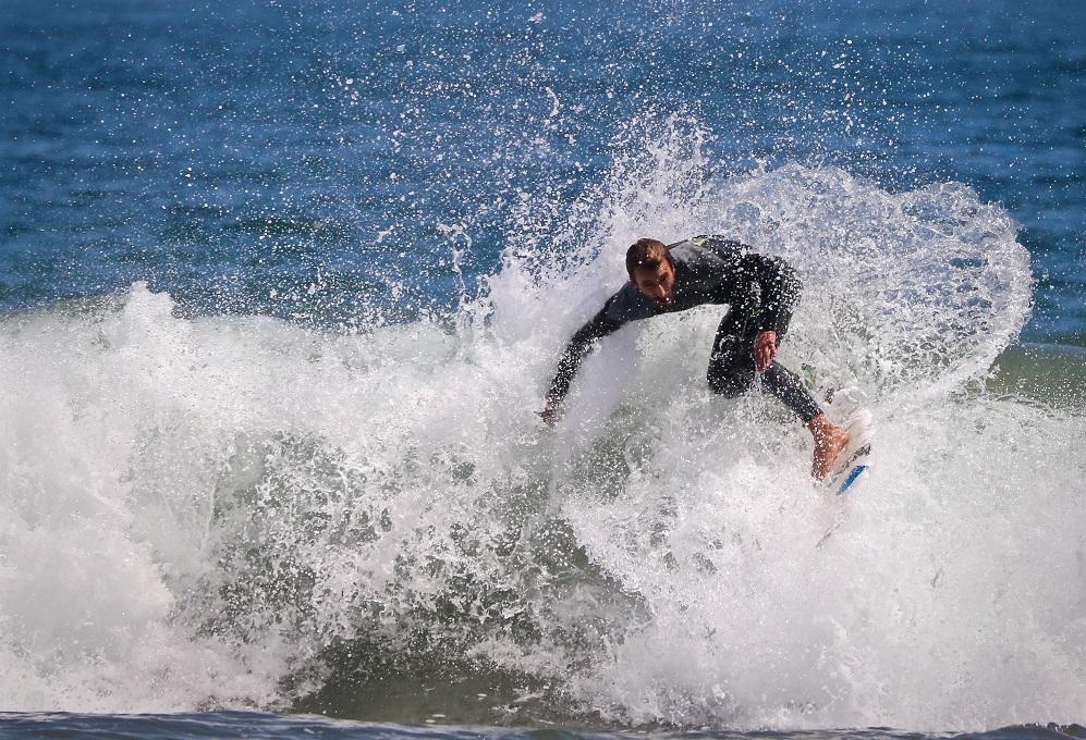 Surfear y turismo en Quintero y Puchuncavi