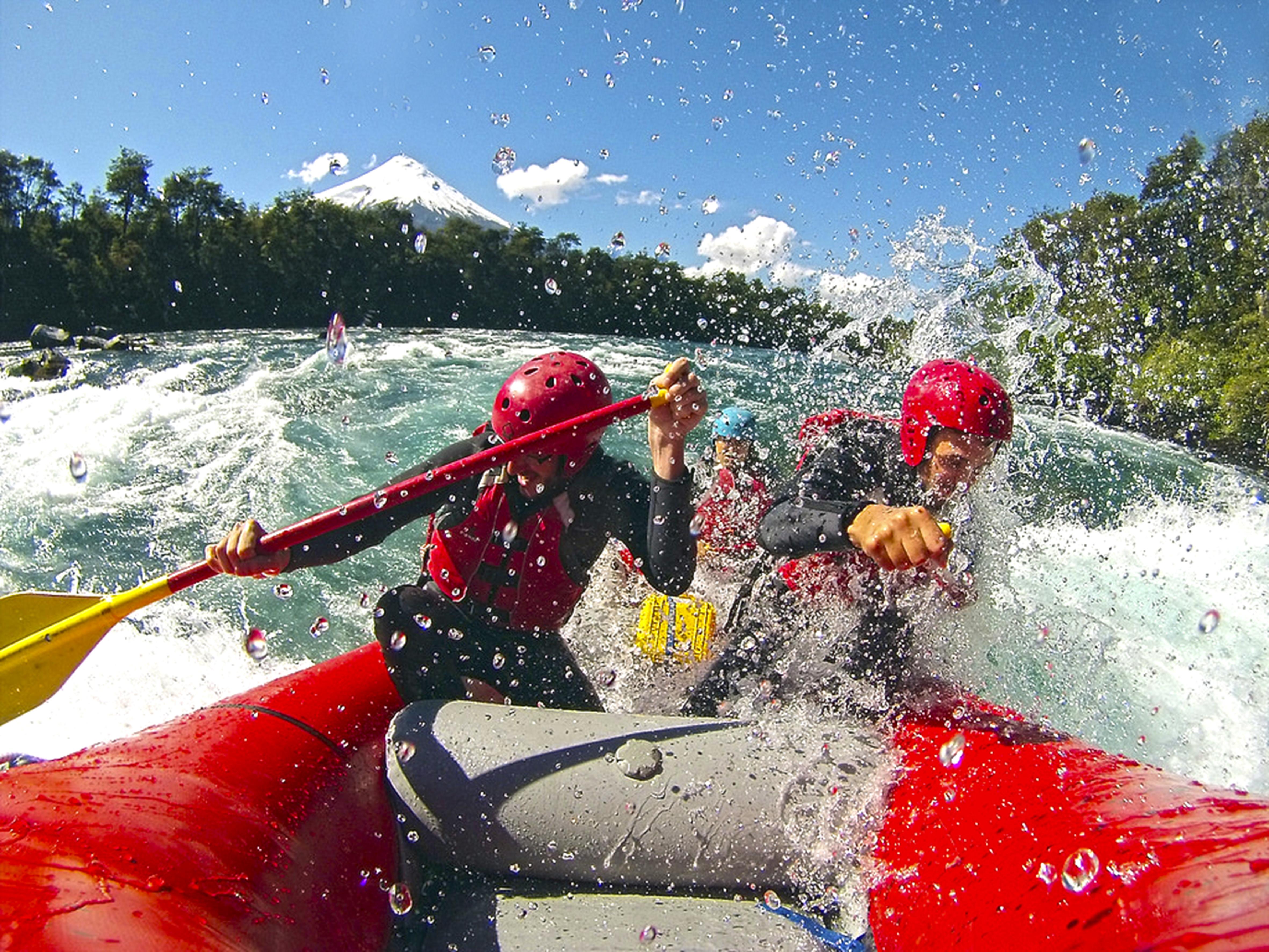 5045f76f8d290 Rafting en Petrohue  Chile es el mejor destino de turismo aventura del mundo