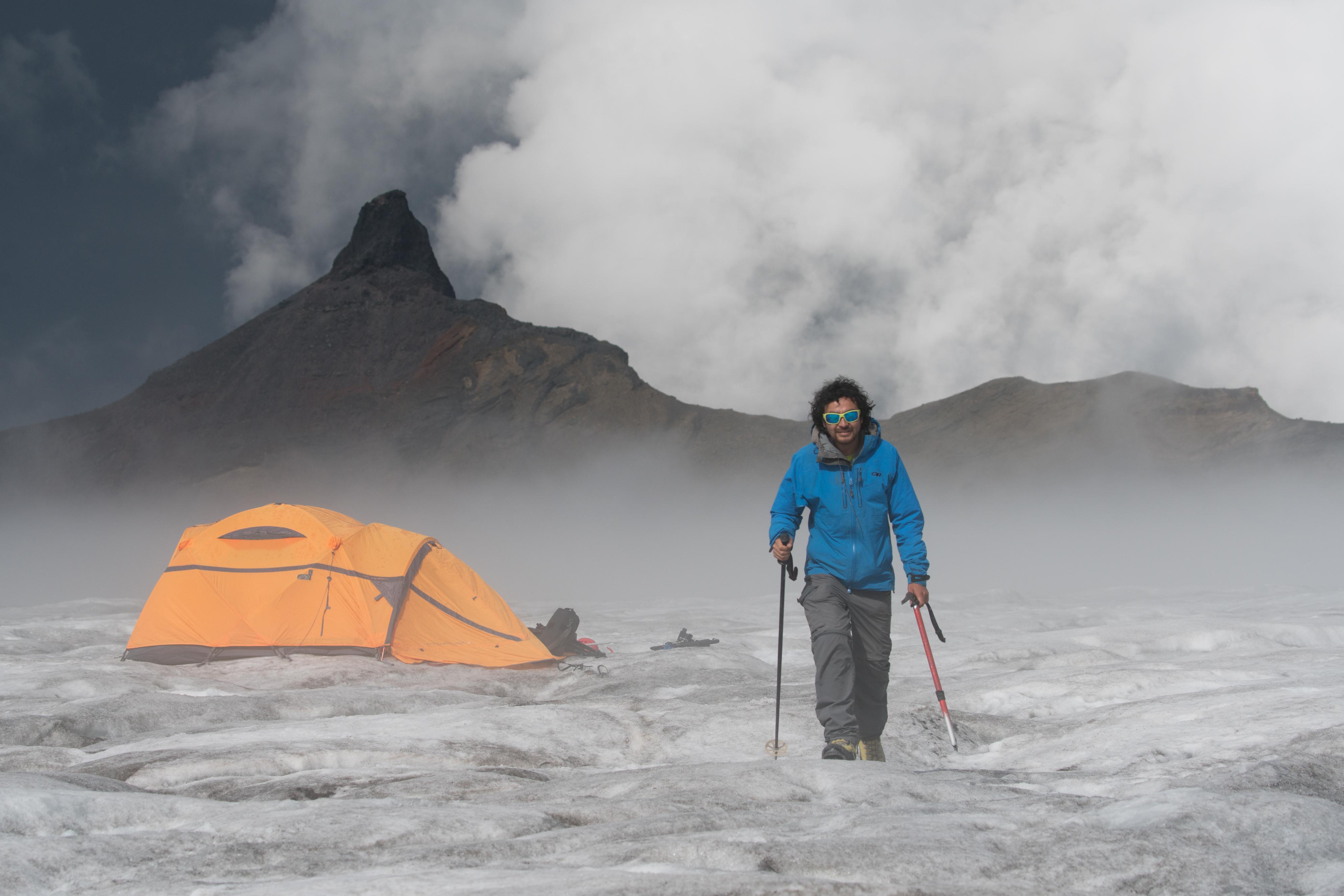 Ascender el volcán Sollipulli. Chile es el mejor destino de turismo aventura del mundo