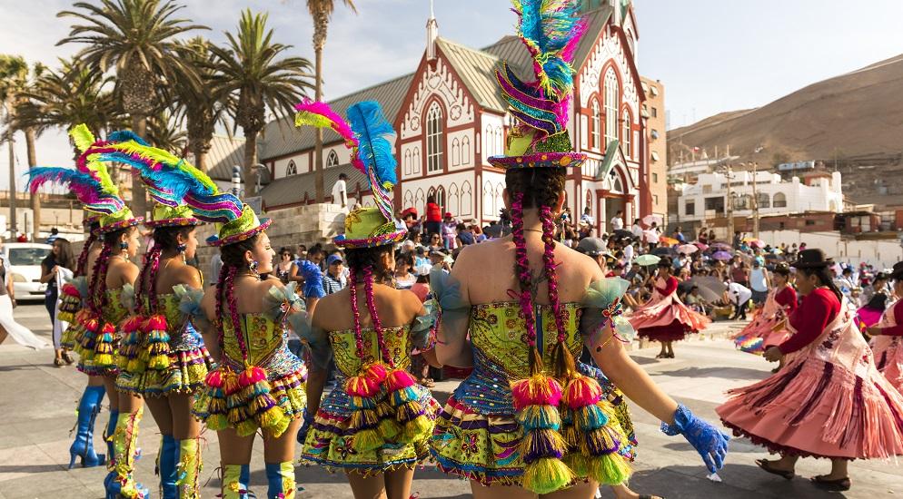 Las danzas andinas de Arica son uno de los eventos en verano Chile más importantes