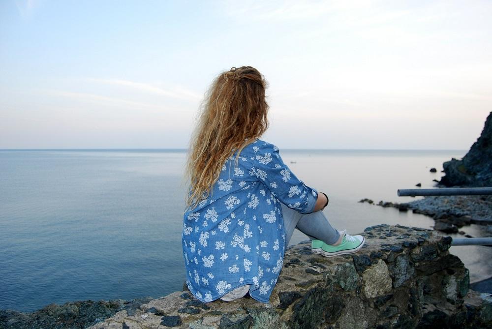 hermosa vista al mar desde mirador Cerro Castillo