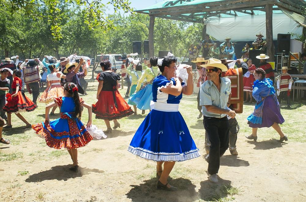 baile nacional de Chile en fiestas patrias