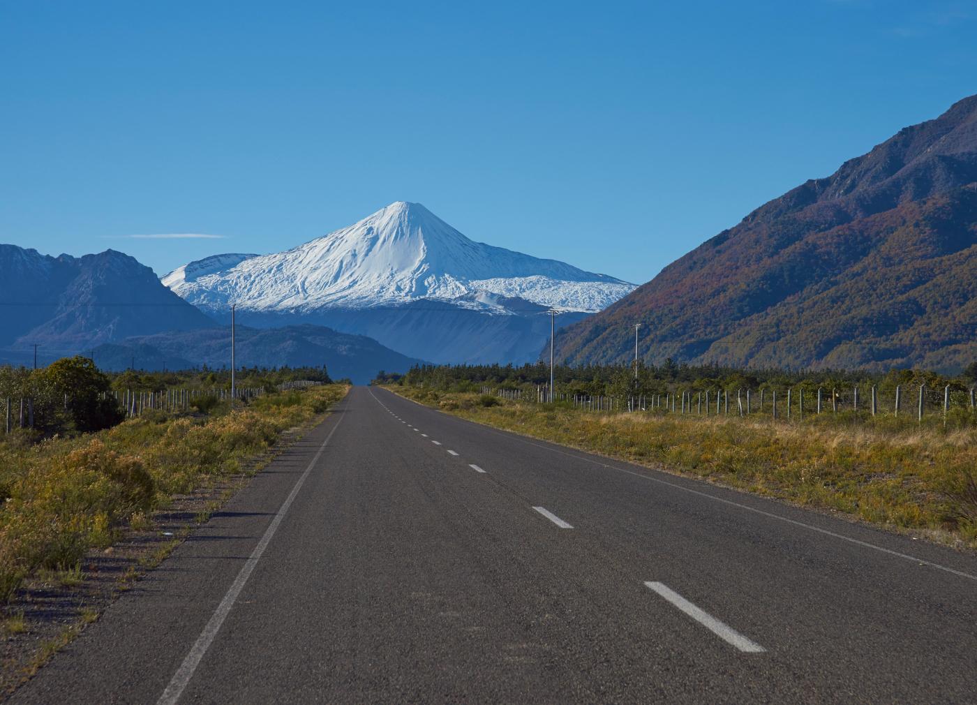Imagen del Volcan Antuco