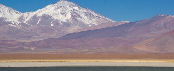 Imagen volcán Ojos del Salado