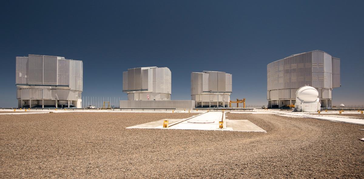 Imagen del Observatorio Paranal donde se puede ver las instalaciones cientificas