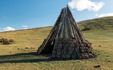 Imagen de una construcción de la cultura Selknam