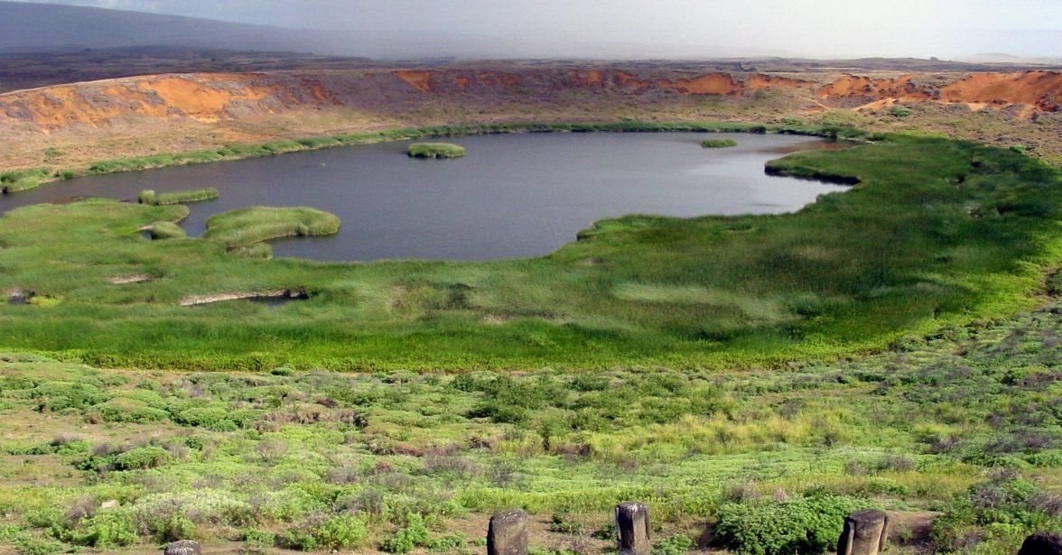 Imagen del volcán Rano Raraku