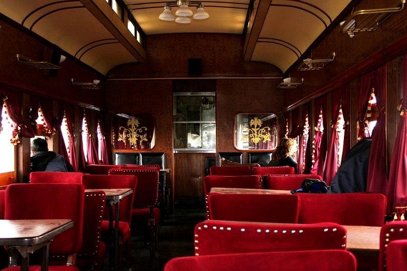 Imagen del interior de los vagones del tren del recuerdo