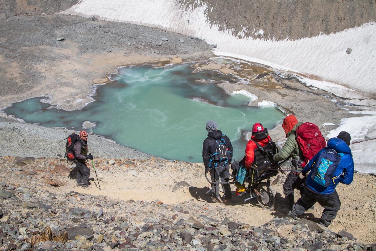 Imagen de un grupo de escaladores de l agrupación Iron Will