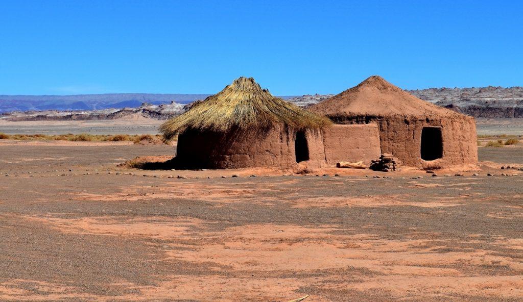Aldea de Tulor en medio del Desierto de Atacama