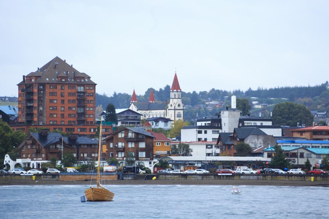 Vista a la ciudad de Puerto Varas